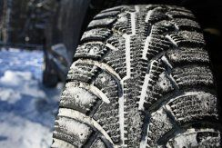 winter tire image